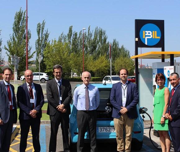 Inaugurados los primeros puntos de recarga rápida para vehículo eléctrico desarrollados con tecnología de empresas vascas