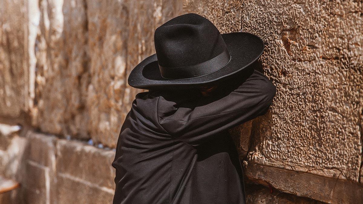 Почему многие евреи считают христианство антисемитской религией?