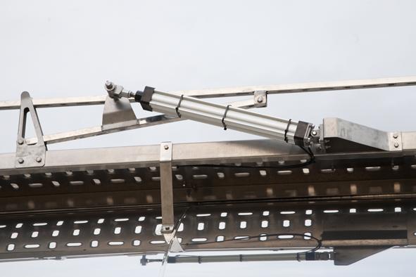 Cisterna autoportante para el transporte de líquidos bajo normas ATP