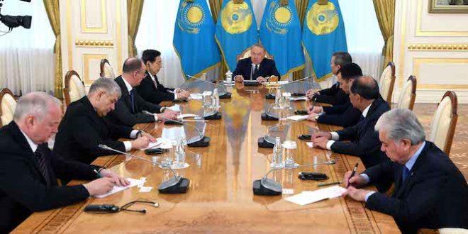 카자흐스탄, 국무회의서 '러시아어 사용 금지'