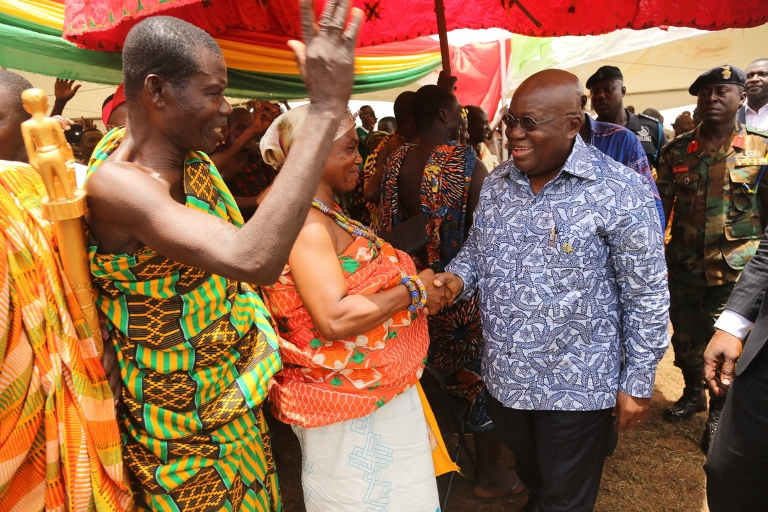 president-akufo-addo-interacting-with-the-chiefs-and-queenmothers