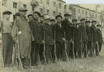 """Всевобуч, 1941 г. Источник: фонды Музея истории и трудовой славы АО НАЗ """"Сокол"""""""