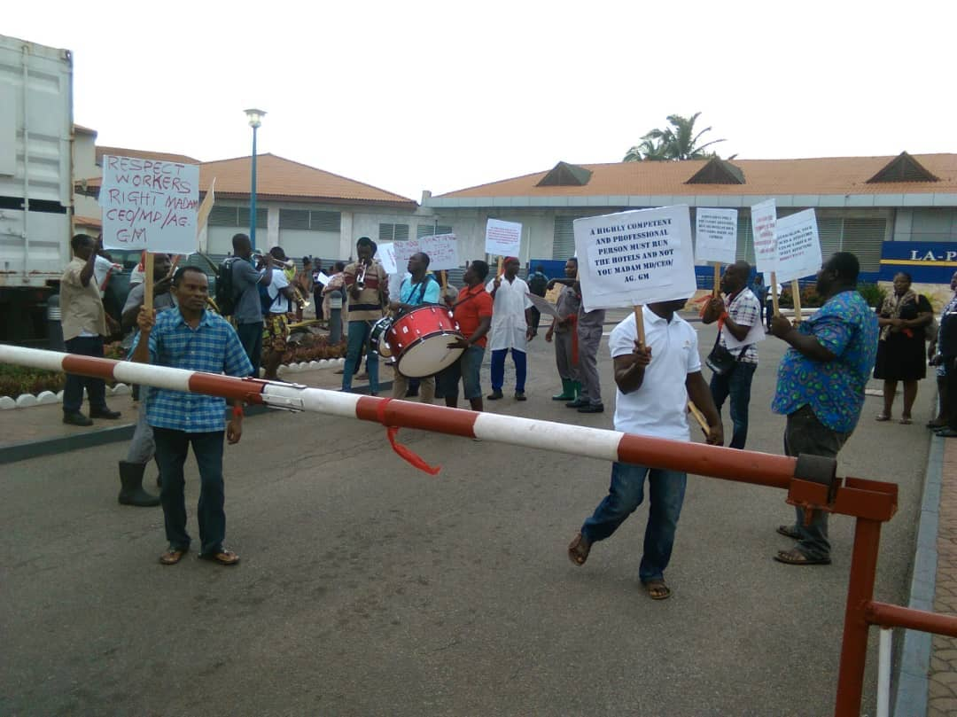 La-Palm staff demonstrate against MD, demand review of salaries