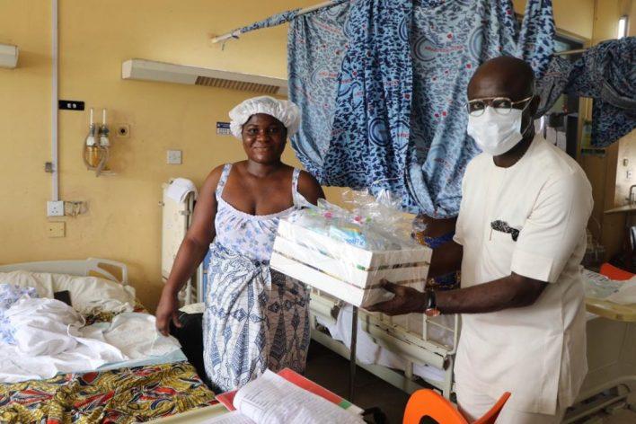 Asante Bediatuo's family donates to Korle-Bu Teaching Hospital maternity ward 14