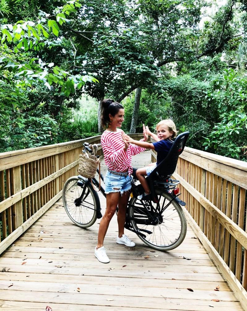 Sharon van Tienhoven in Miami met fiets