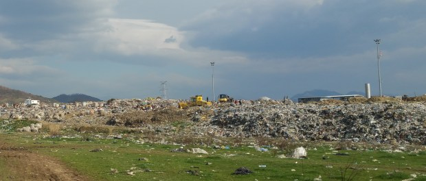 Ricikluesit kundër koncensioneve të mbeturinave: Nuk ka kaq shumë plehra. Citizens Channel