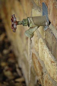 properly drain outdoor faucets