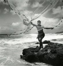 Le lanceur de filet hawaïen Hawaï. Fritz Henle. 1947