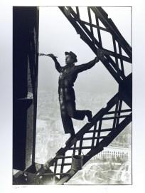 Le Peintre de la Tour Eiffel, Marc Riboud, 1953