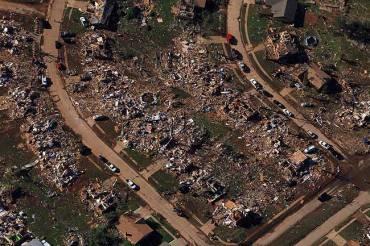 http_images.publicradio.org_content_2013_05_21_20130521_ok-tornado_33