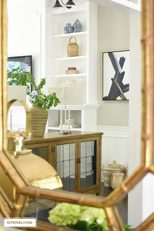 Simple Summer Decorating Ideas For Your Entryway