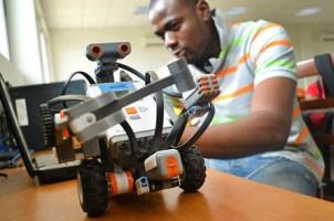 Robotics Education Citris And The Banatao Institute