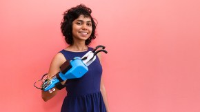 Aastha Shah, a Berkeley alumnae who was part of the Million Hands team, shows a prototype a prosthetic hand. Photo credit: Adriel Olmos