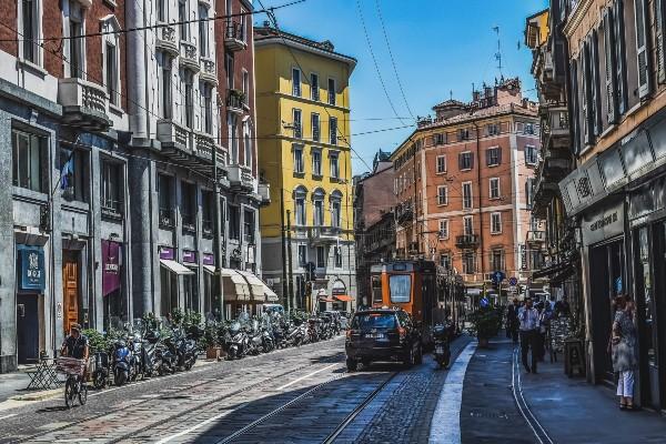 Milan transportation