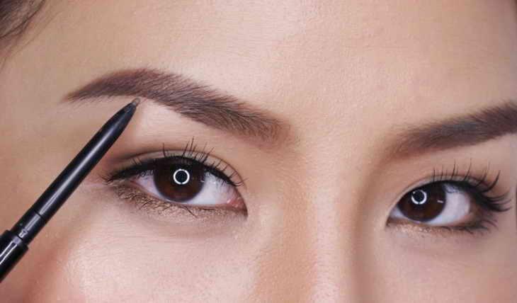 কিভাবে সুন্দর ভিডিও সঙ্গে eyebrows করতে