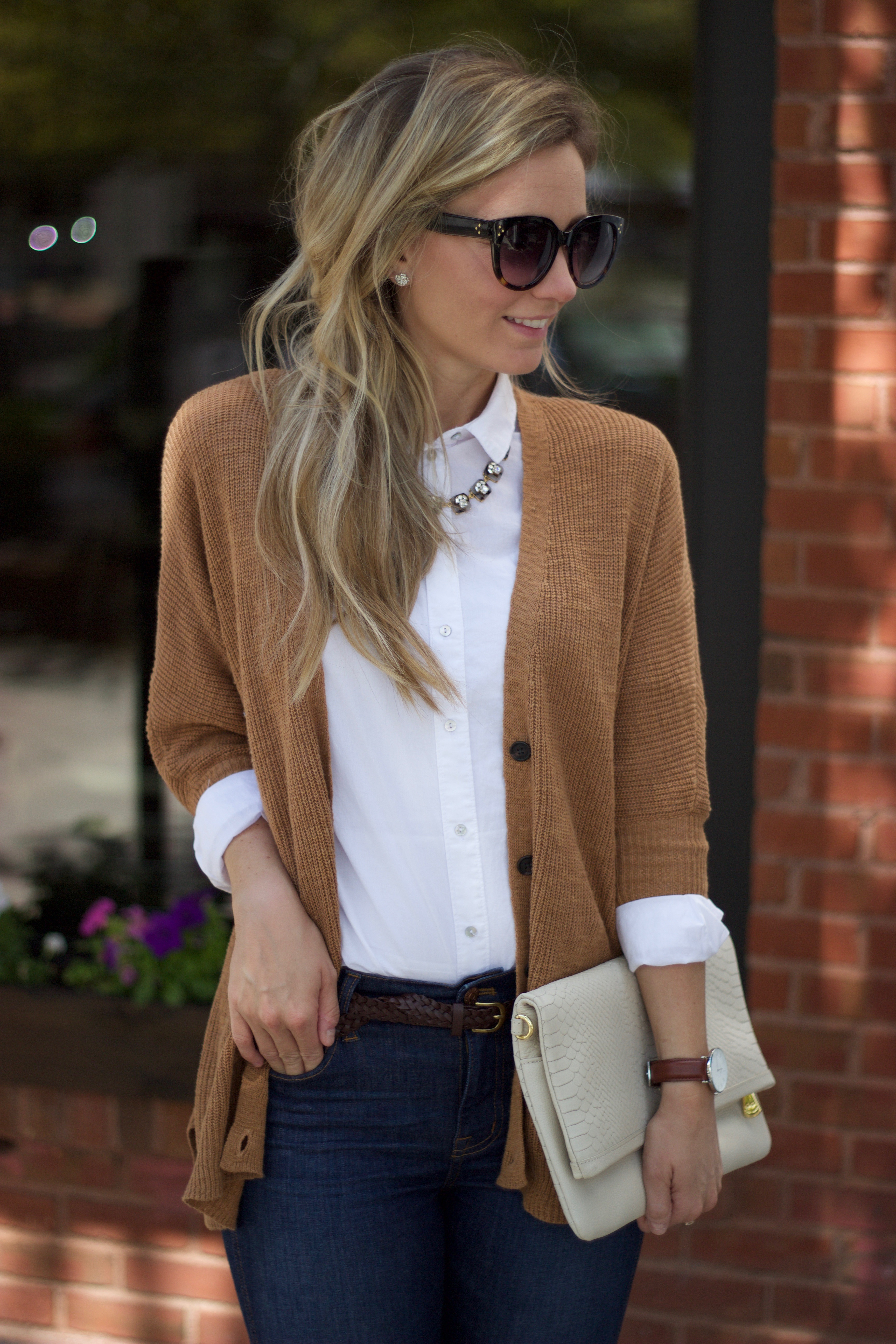 Dressing for fall part 3 the white oxford shirt city peach for White oxford shirt women