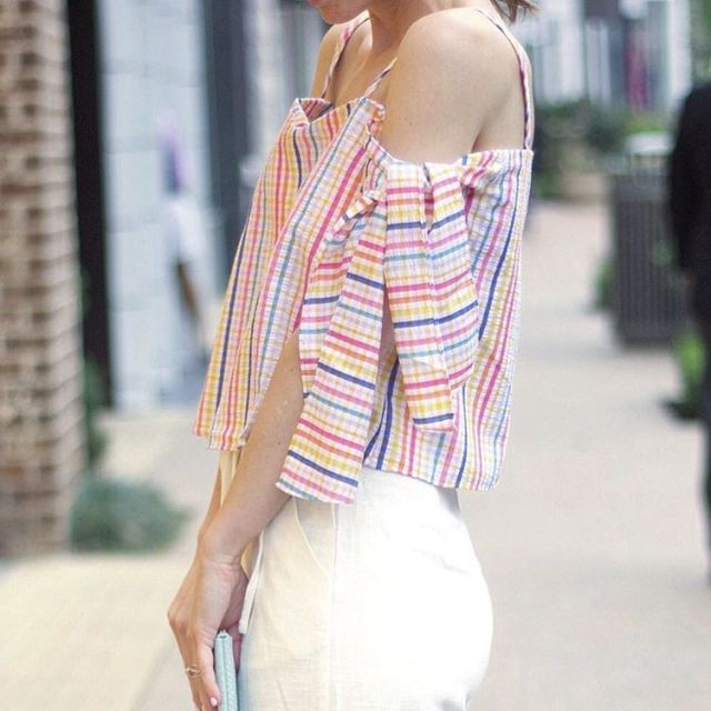 The perfect top that just screams summer time will behellip