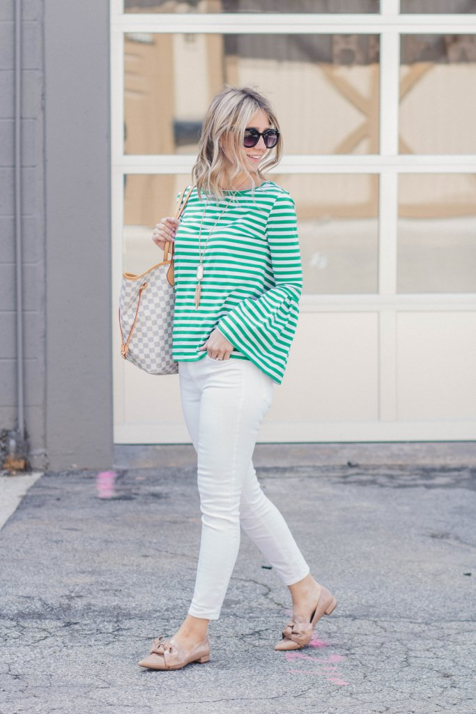 bell-sleeve-top-white-jeans-city-peach-bow-flats