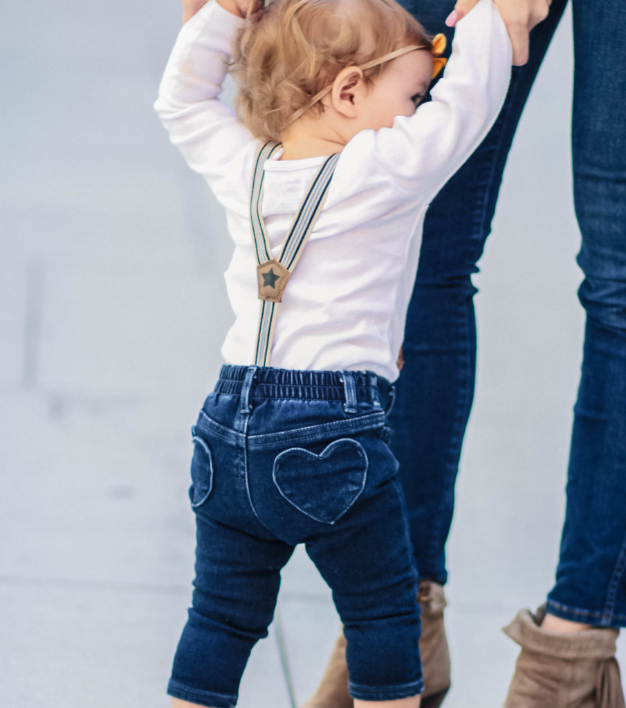 suspenders-high-waist-jeans-kid-fashion-city-peach-mireille-beckwith