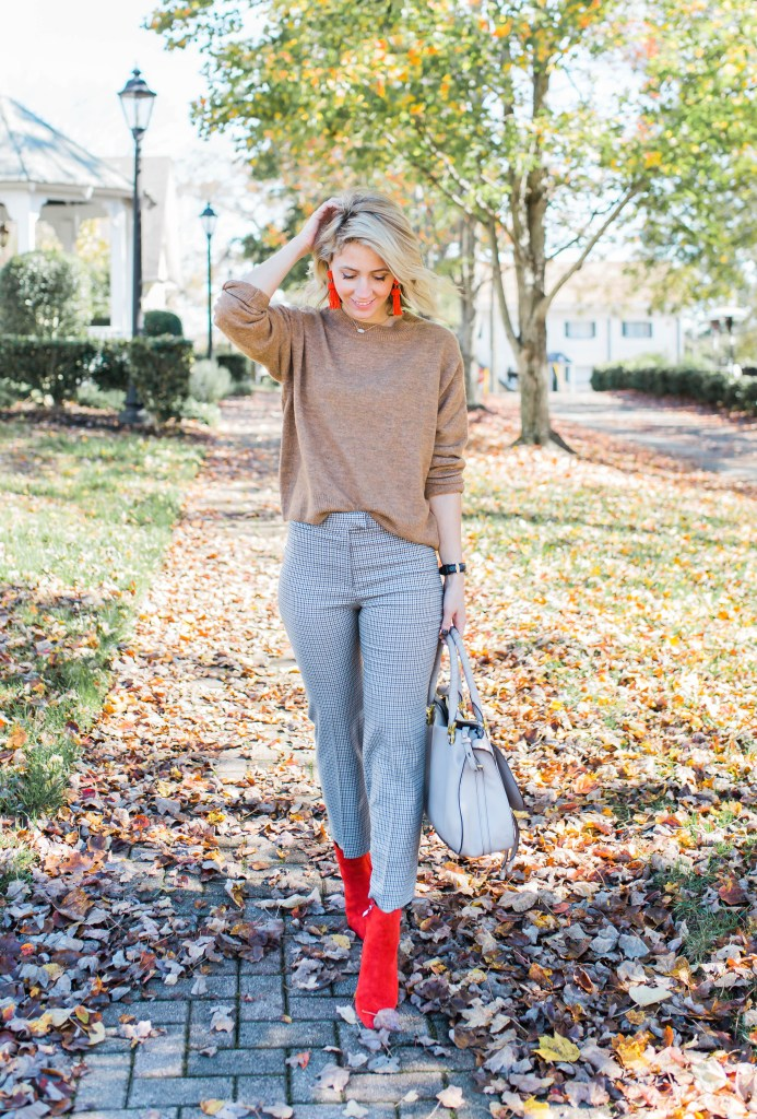 red-sock-boot-thanksgiving-day-outfit-plaid-kick-flare-pants-city-peach