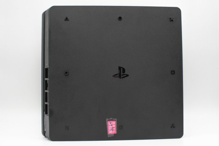 高雄左營中古Sony PlayStation 4 PS4 遊戲主機專賣店
