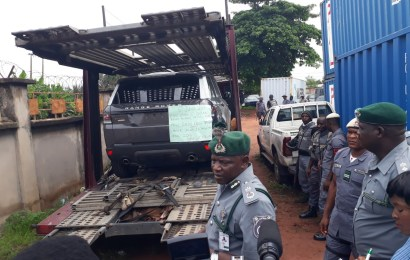 Customs impounds Range Rover, Toyota Prado SUVs, others over alleged non-payment of duty