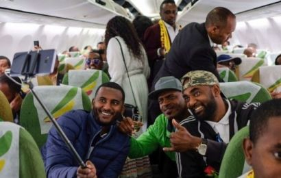 Excitement, Celebration As Ethiopia-Eritrea Commercial Flight Takes Off After 20 Years