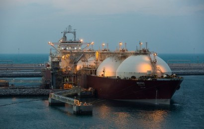 EU, US To Boost LNG Trade, Hold Further Tariffs
