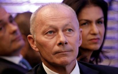 Renault Names Thierry Bolloré Interim Chief Executive