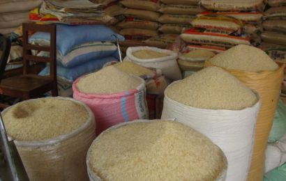 Customs Arrest 15 Suspects For Re-Bagging Foreign Rice