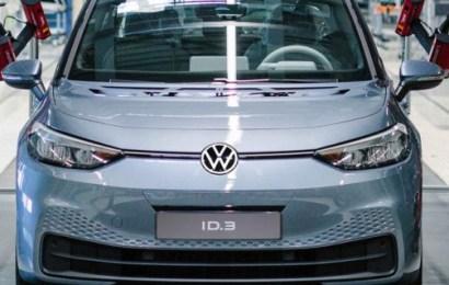 Volkswagen To Begin Sales Of New All-Electric Hatchback November 17