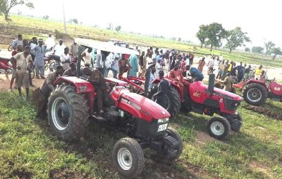 Kwara Flags-Off Distribution Of Tractors To Farmers
