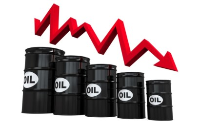 Oil Prices Drop As OPEC Warns of 2021 Q1 Downside Risks