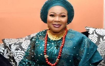 Olori Janet Afolabi Empowers Osun Market Women With Interest Free Loans