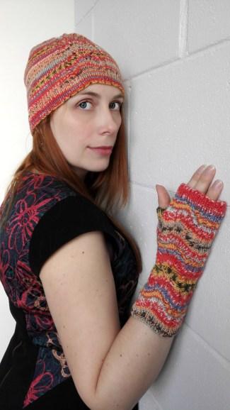 kootud-sugiskomplekt-knitted-beanie-and-texting-gloves