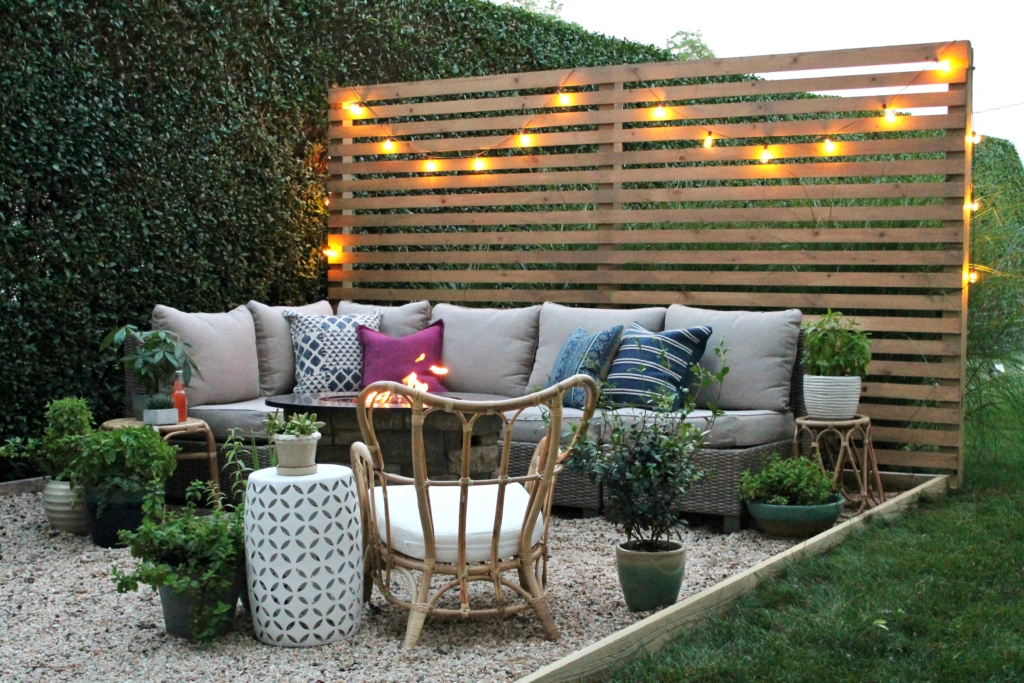 New Modern Rustic Outdoor Privacy Screen + The Rest Of My