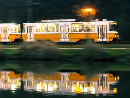 Pótlóbusz jár a 41-es villamos helyett a Savoya Park és a Kamaraerdei Ifjúsági Park között május 16-tól 19-ig