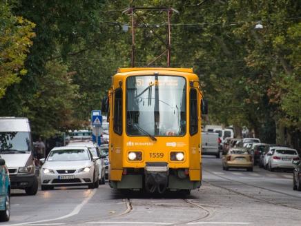 Pótlóbusz jár az 51-es és az 52-es villamos helyett Pesterzsébeten két hétig