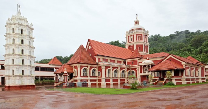 Shantadurga temple in Kavalem