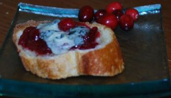 Roquefort Cranberry Tartines