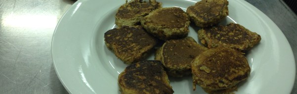 Whole Wheat Carrot Pancakes with Honey and Almonds (Recipe)