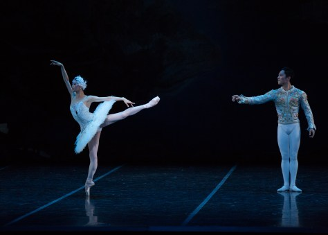 Misa Kuranaga and Jeffrey Cirio.  A duet with the white swan and Prince Siegfried.  Photos by Rosalie O'Connor