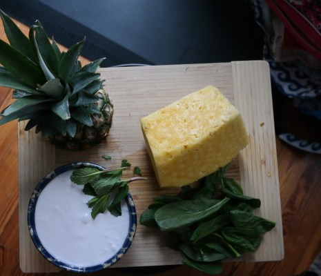 Smoothie to Cocktail:  Pineapple Beach Drinks from Day to Night (Sponsored)