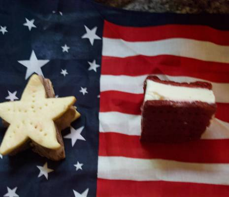 Stars and Stripes: Ice Cream Sandwich Recipes