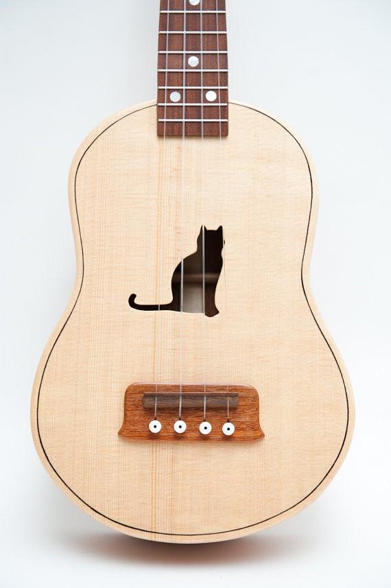 Mačji ukulele