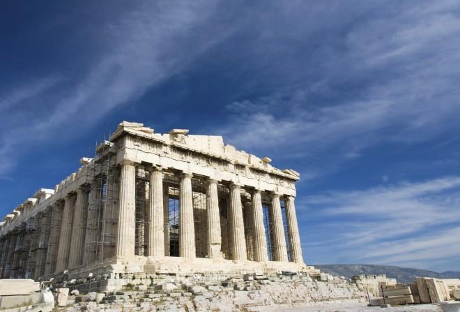 Najlepši del atenske Akropole je Partenon, tempelj, posvečen boginji Ateni, ki velja za najznamenitejše delo grške arhitekture.