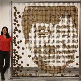 Jackie Chan iz 64 000 kitajskih palčk.