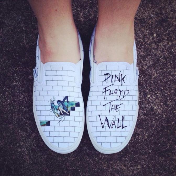 painted-shoes-laces-out-studios-10_1403605156_672x0
