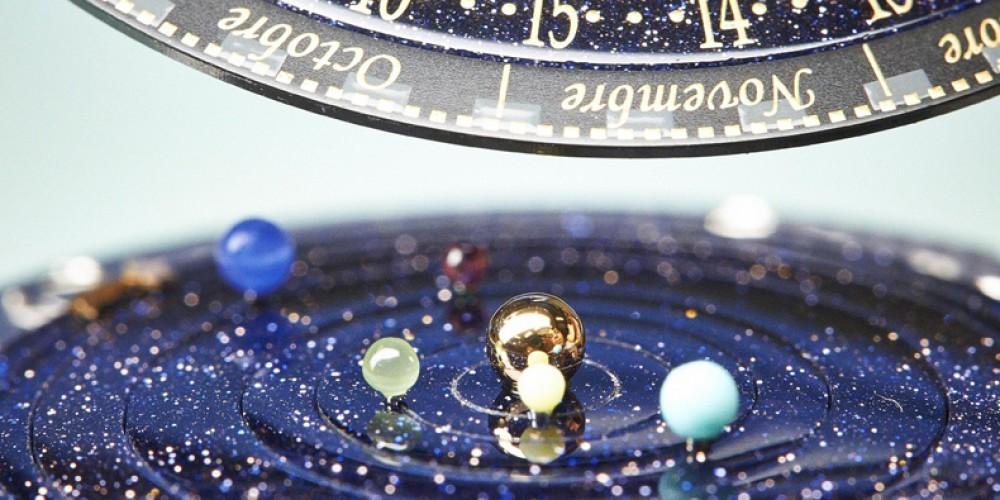 Planetki, narejeni iz dragocenih kamnov.