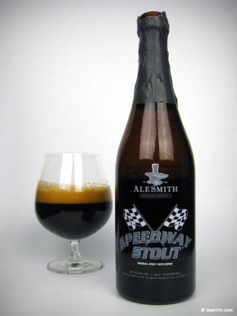 3. AleSmith - Speedway Stout. Temno pivo, ki ga varijo v San Diegu (Kalifornija, ZDA). Ocena: 4.372/5